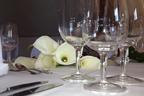 Festlich dekorierte Tische